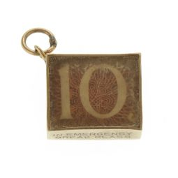 Pre-Owned 9ct Yellow Gold 5 Pounds Paper Note Charm - 3.1g