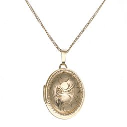 Pre-owned 9ct Yellow Gold Engraved Locket - 22 Inches