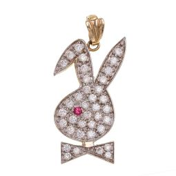 Pre-owned 9ct Gold CZ Bunny Pendant