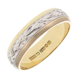 Pre-Owned 18ct Yellow and White Gold Patterned Ring