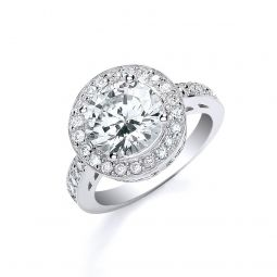Silver Ring With Cz Around And on the Shoulders